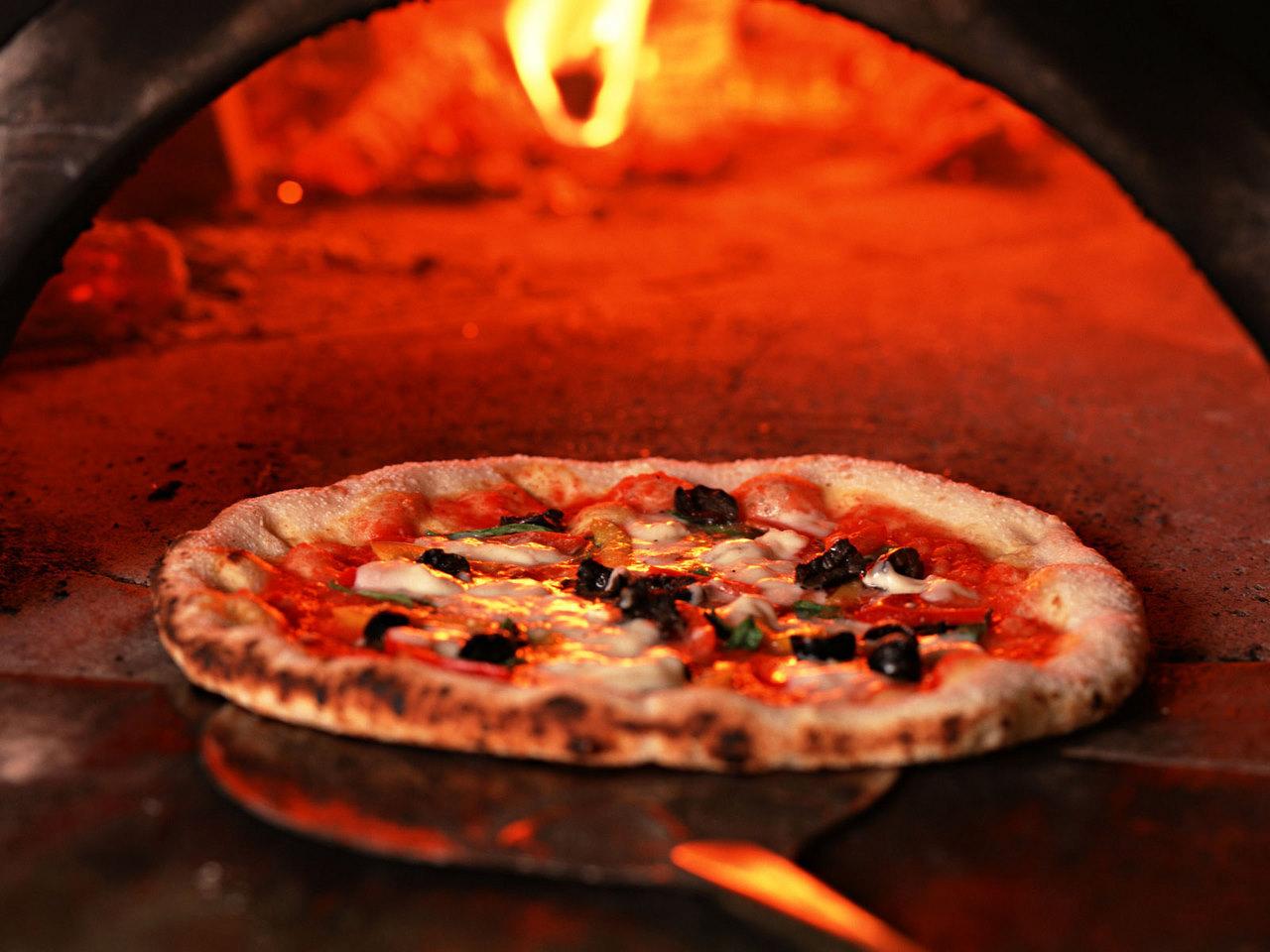 Pizza forno a legna cancerogena