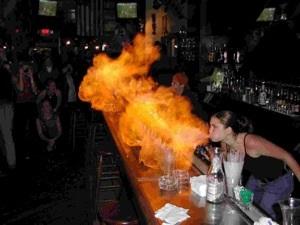 Questa barista probabilmente non ha bevuto alcool annacquato.
